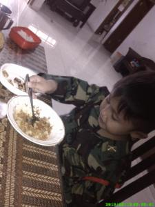tentara makan